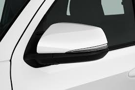 Toyota Tacoma Exterior Door Handle by 2017 Toyota Tacoma Reviews And Rating Motor Trend