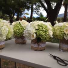 White Roses Centerpieces by Best 25 Green Hydrangea Centerpieces Ideas On Pinterest Green