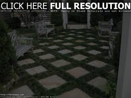 Concrete Paver Patio Designs by Paver Patio Designs With Grass Patio Decoration