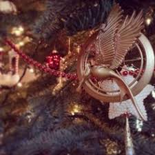 15 phenomenal bookish ornaments hunger ornament and