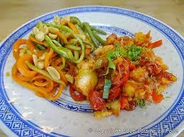 cuisine balinaise cuisine en folie poisson à la balinaise et wok de légumes sautés