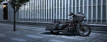 2018 harley davidson touring and cvo first look motorcyclist