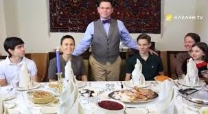 thanksgiving day is one of the most popular holidays in us kazakh tv