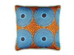 coussins orange tendance déco saga africa orange bleu et afro