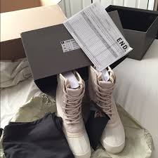 womens size 12 fashion combat boots 7 yeezy shoes yeezy 950 size 8 5 7 from rameez s