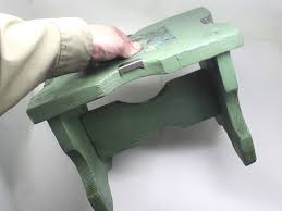 How To Paint A Leather Chair How To Spray Paint Furniture 12 Steps With Pictures Wikihow