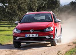 volkswagen golf alltrack review 2015 parkers