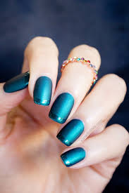 mint polish czarina the perfect emerald 3 ways