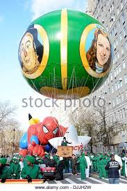 2013 macys thanksgiving day parade stock photos 2013 macys