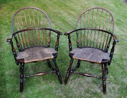 Windsor Armchairs Pair Of American Sack Back Knuckle Arm Windsor Armchairs 1890 To