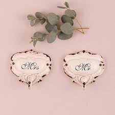 Shabby Chic Wedding Gifts by 32 Best Mr And Mrs Wedding Gifts Favors Images On Pinterest