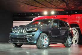 2014 Jeep Grand Cherokee Srt8 Specs 2014 Jeep Grand Cherokee Diesel And Srt Climb Onto Stage Autoblog