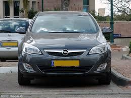 coal 2012 opel astra j u2013 on the way up
