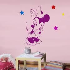 pochoir chambre fille disney minnie mouse pochoir réutilisable pour chambre denfant