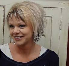 short razor hairstyles best 25 razor cut hairstyles ideas on pinterest razor cut bob