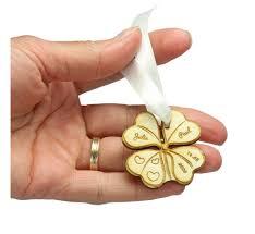 cadeau de mariage personnalis cadeau souvenir mariage personnalisé en bois trèfle 4 feuilles