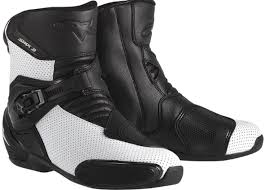 best street riding boots 25 best motorcycle boots reviews buying guide