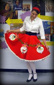 Black Tree Skirts Cassie Stephens Diy Tree Skirt To Lady Skirt In 60 Minutes Or Less