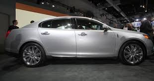 lincoln mks vs cadillac xts 2013 lincoln mks a worthy successor to town car ny daily