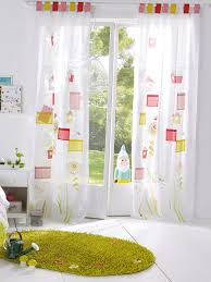 rideaux pour chambre bébé quel rideau choisir pour la chambre enfant promosjardinmaison
