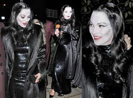 Morticia Addams Halloween Costume Celebrity Halloween Costumes U2013 Button Blog