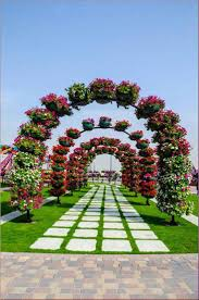 pictures of beautiful gardens with flowers the most beautiful and biggest natural flower garden in world