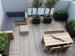 petit salon de jardin pour terrasse du bois pour 6 terrasses au charme fou revêtements de sol en