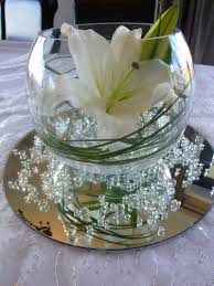 centerpiece bubble vase with mirror water pearls grasses and
