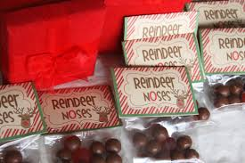 fun christmas gift for kids to give classmates u2013 reindeer noses
