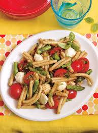 salade de pâtes d asperges et de bocconcinis ricardo