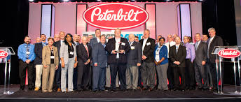 paccar truck parts tlg peterbilt receives honors at 2017 paccar parts awards