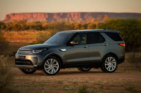 land rover discovery classic 2018 land rover discovery gains new tech priced from 53 085