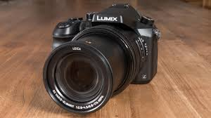panasonic fz2000 review feature packed but the lens lets the