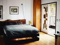 Bachelor Pad Bedroom Bedroom Amazing Bachelor Pad Wall Decor Modern Chair Table White