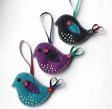 who wouldn t find these felt birds sentimental on their