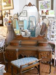 Antique Vanity Table With Mirror And Bench 628 Best Vintage Vanity Images On Pinterest Furniture Vintage