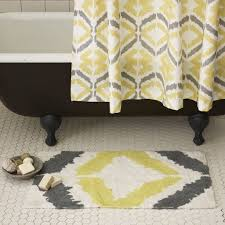 Yellow Bathroom Rugs Excellent Printed Yellow Bath Rug With Black Clawfoot Tub For