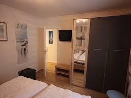 Schlafzimmerm El Kleiderschrank Neu Ferienwohnung