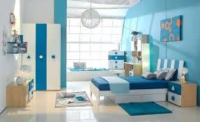 deco chambre petit garcon deco chambre petit garcon peinture chambre enfant en blanc et bleu