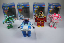 robocar poli robot turns police car transformer robot