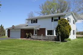Cedarburg Overhead Door 3190 Center Rd Cedarburg Wi 53012 Estimate And Home Details