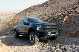Ford Raptor Truck 2017 - 2017 ford f 150 raptor review autoguide com news