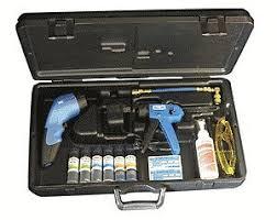 hvac uv light kit amazon com robinair 16330 uv leak detection hvac r dye kit 12 led