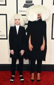 Chandelier Sia Music Video by How Did Maddie Ziegler U0026 Sia Start Working Together It Was Love