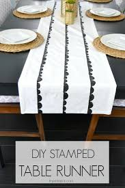 make your own table runner diy scallop sted table runner