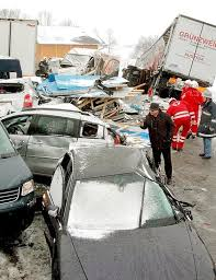 massive car accident in austria 60 car pile up highway a 1