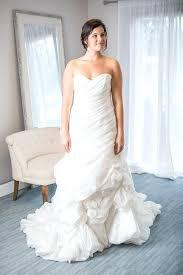 hire a wedding dress rent a wedding dress online ostinter info