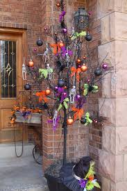 Decorated Halloween Trees 34 Best Halloween Tree Images On Pinterest Halloween Crafts