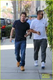 mark wahlberg steps out with his new shorter haircut photo