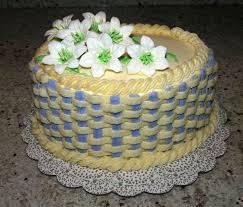 Royal Icing Decorations For Cakes Best 25 Basket Weave Cake Ideas On Pinterest Cake Basket Cake